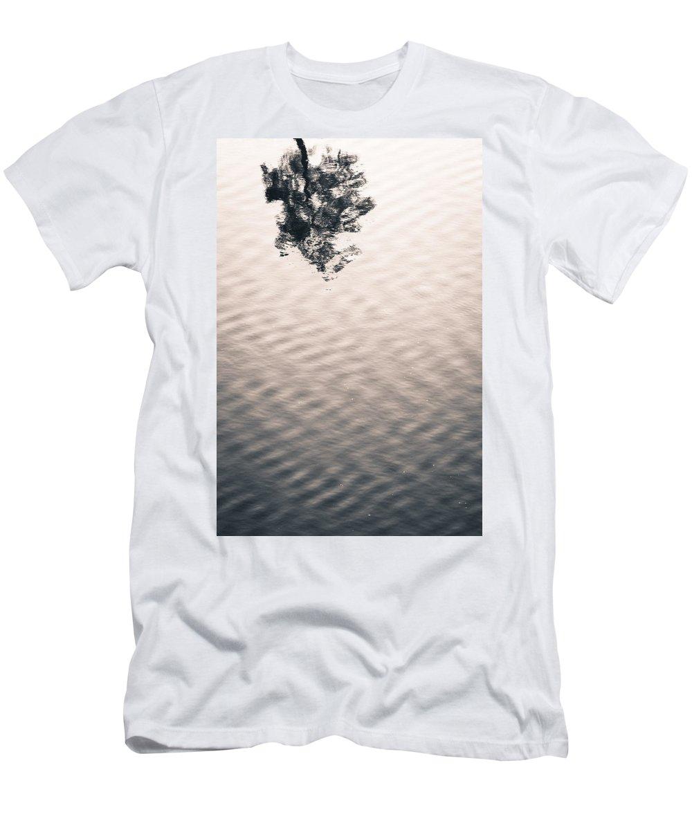 River Men's T-Shirt (Athletic Fit) featuring the photograph Detach by Scott Rackers