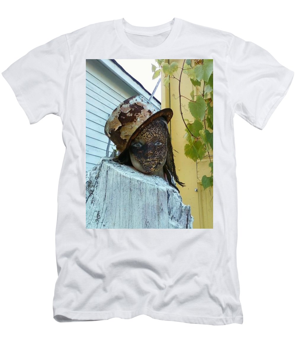 Detroit Men's T-Shirt (Athletic Fit) featuring the photograph Dollface by Two Bridges North