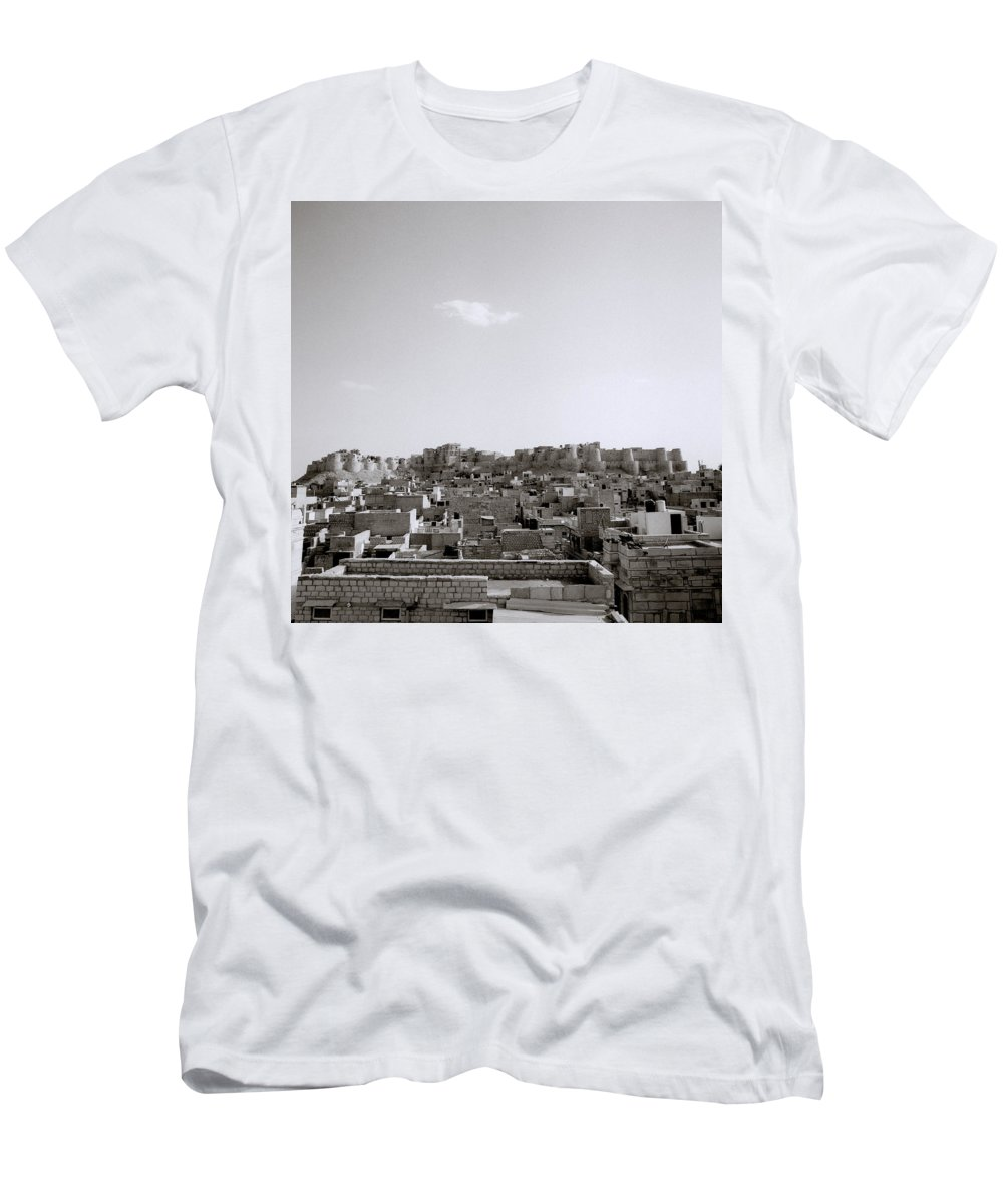 Desert Men's T-Shirt (Athletic Fit) featuring the photograph The City Of Jaisalmer by Shaun Higson
