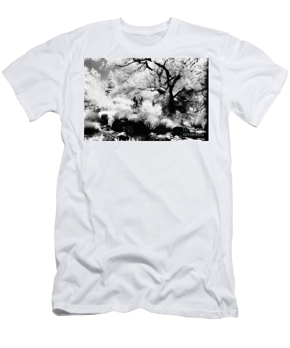 Infrared Men's T-Shirt (Athletic Fit) featuring the photograph Dreamy Gardens - 1007 by Paul W Faust - Impressions of Light