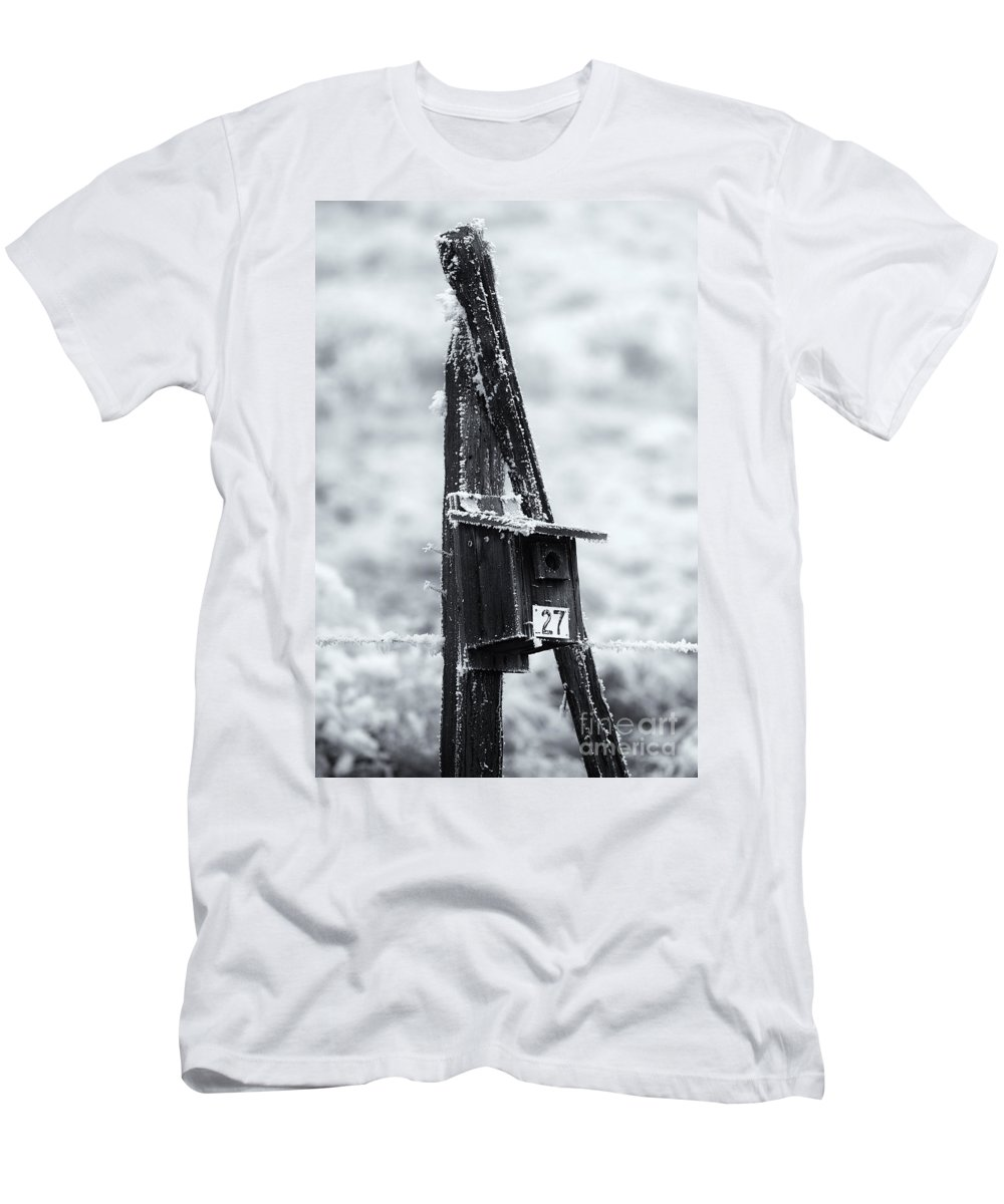 Bluebird House Men's T-Shirt (Athletic Fit) featuring the photograph Forgotten Summer Home by Mike Dawson