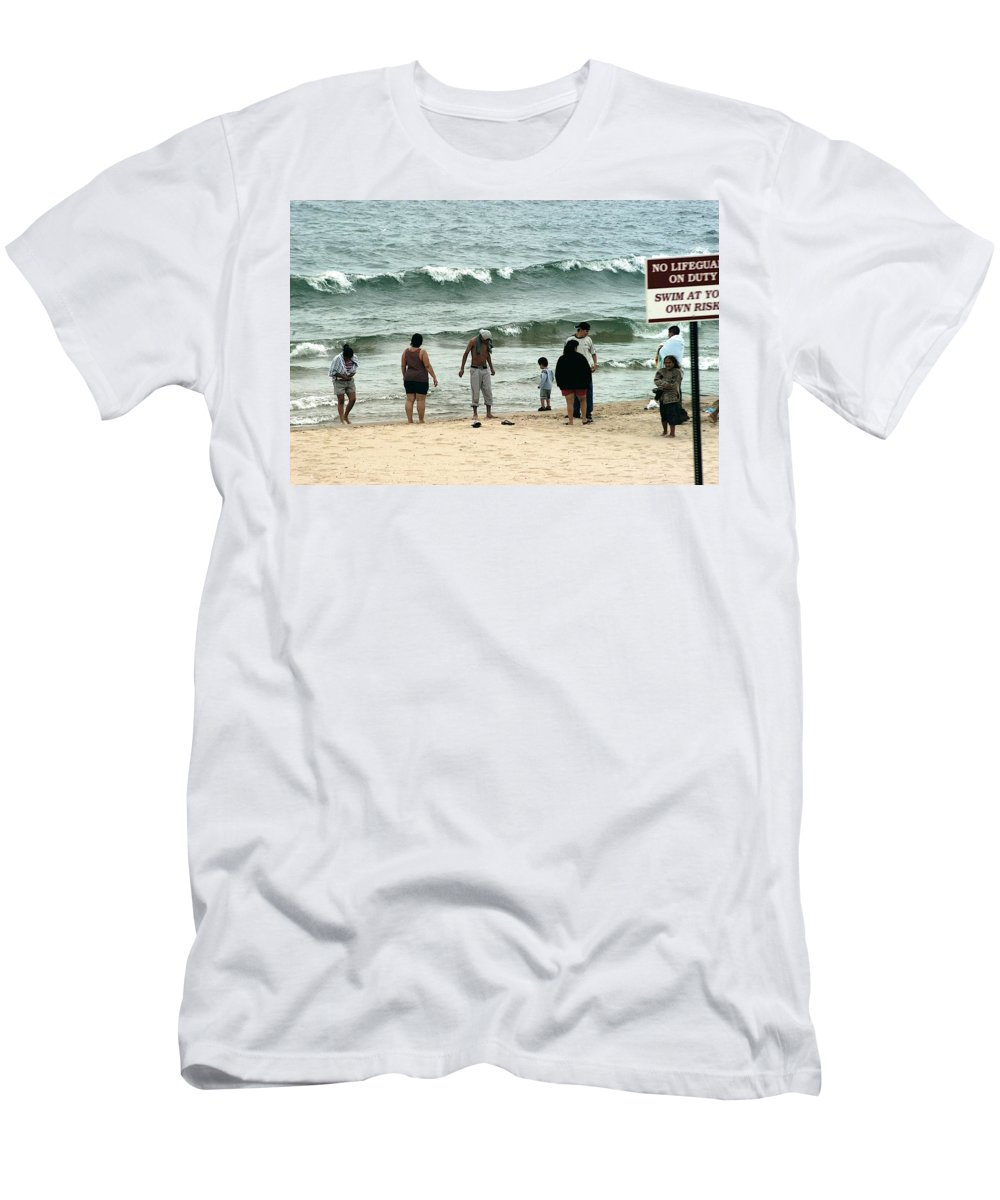 Beach Men's T-Shirt (Athletic Fit) featuring the photograph Frankfort Beach by Joseph Yarbrough