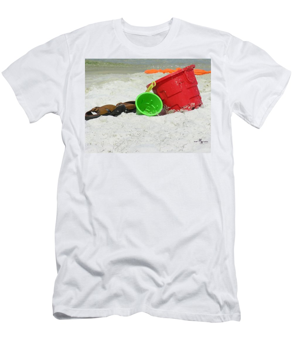 Pails Men's T-Shirt (Athletic Fit) featuring the photograph Fun In The Sun by Mechala Matthews
