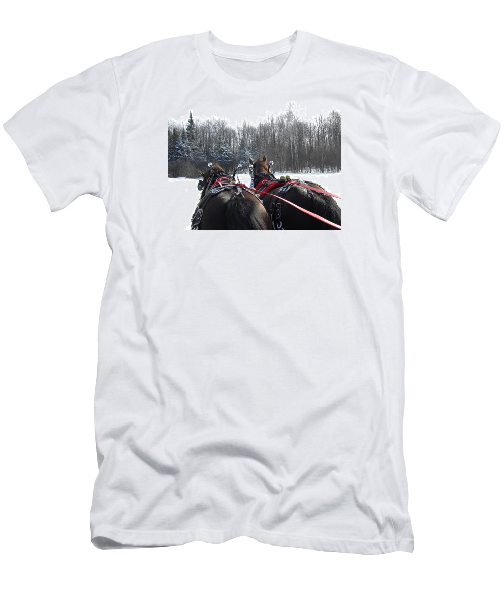 Horses Men's T-Shirt (Athletic Fit) featuring the photograph Gee And Haw by Peggy McDonald