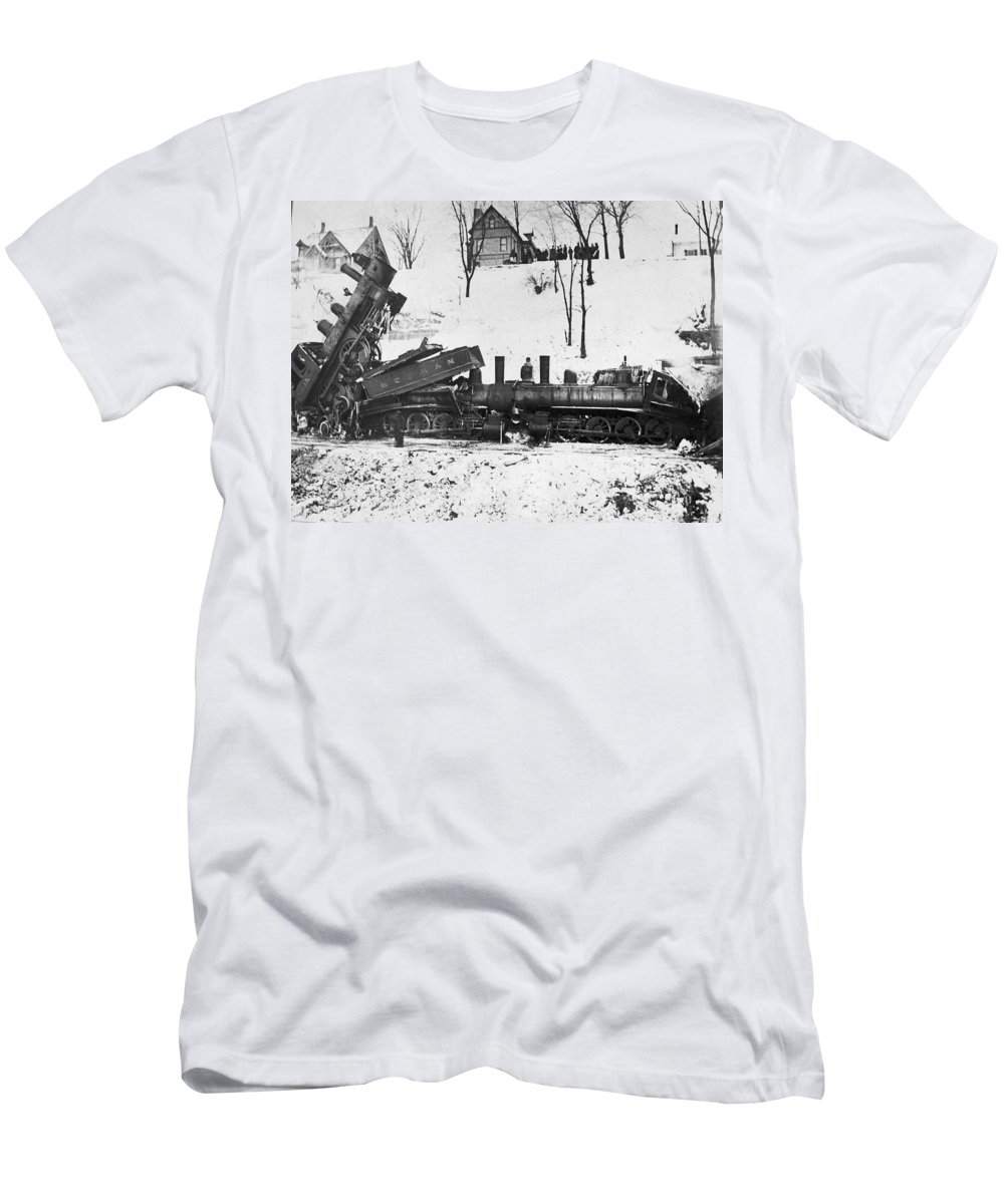 1880 Men's T-Shirt (Athletic Fit) featuring the photograph Head On Train Wreck by Underwood Archives