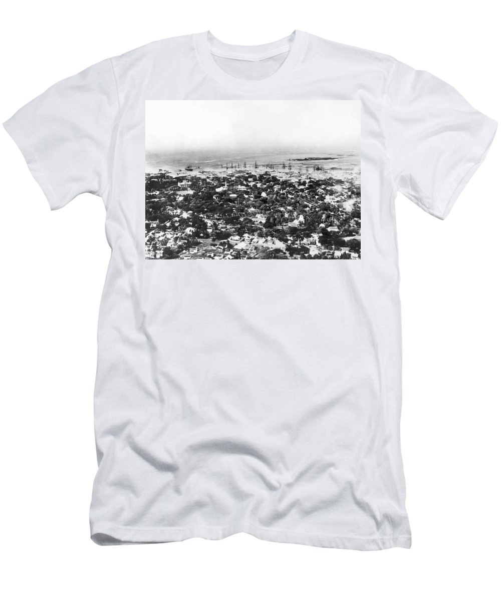 1920s Men's T-Shirt (Athletic Fit) featuring the photograph Honolulu, Hawaii by Underwood Archives