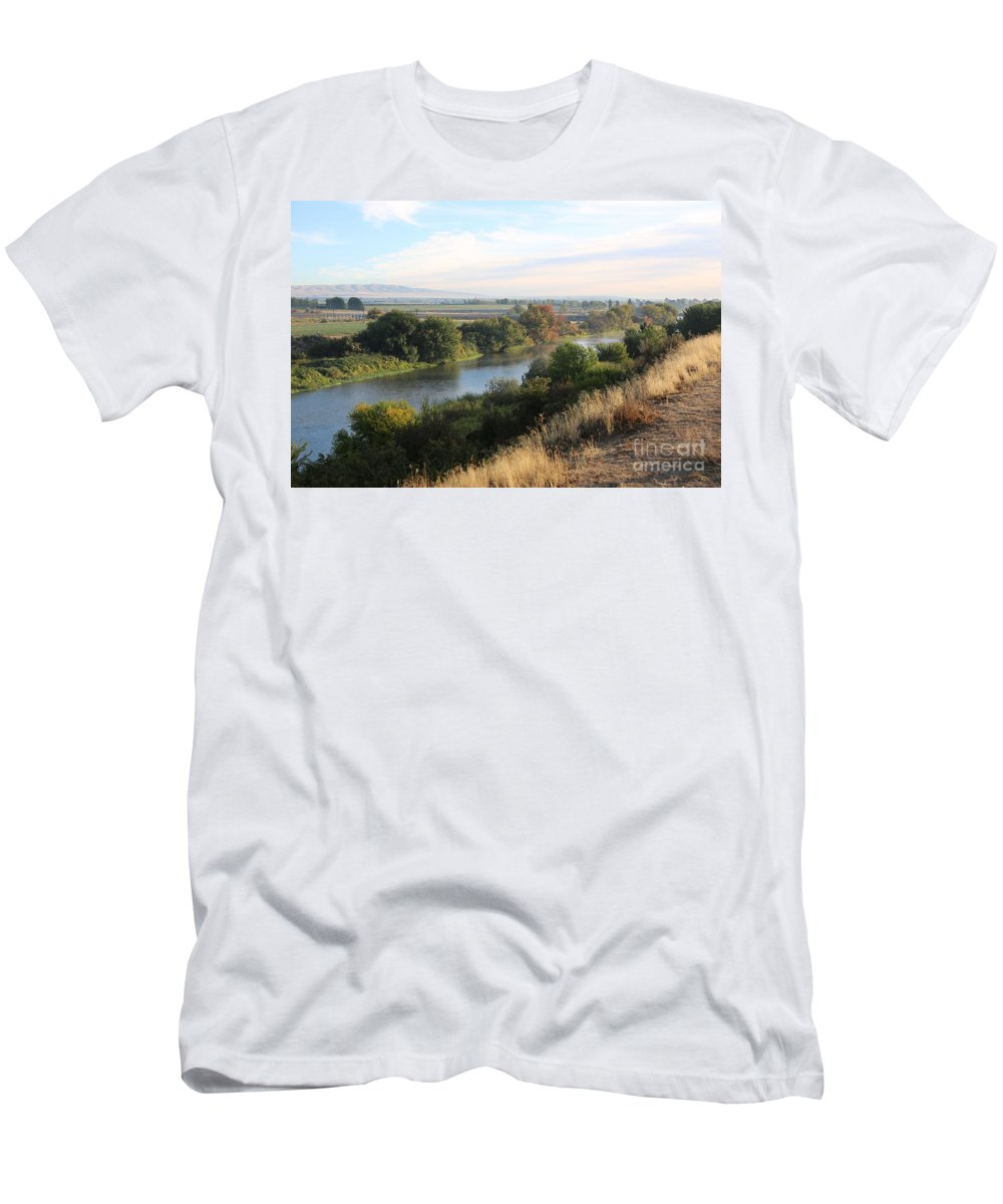 Prosser Men's T-Shirt (Athletic Fit) featuring the photograph Morning Light In Prosser by Carol Groenen