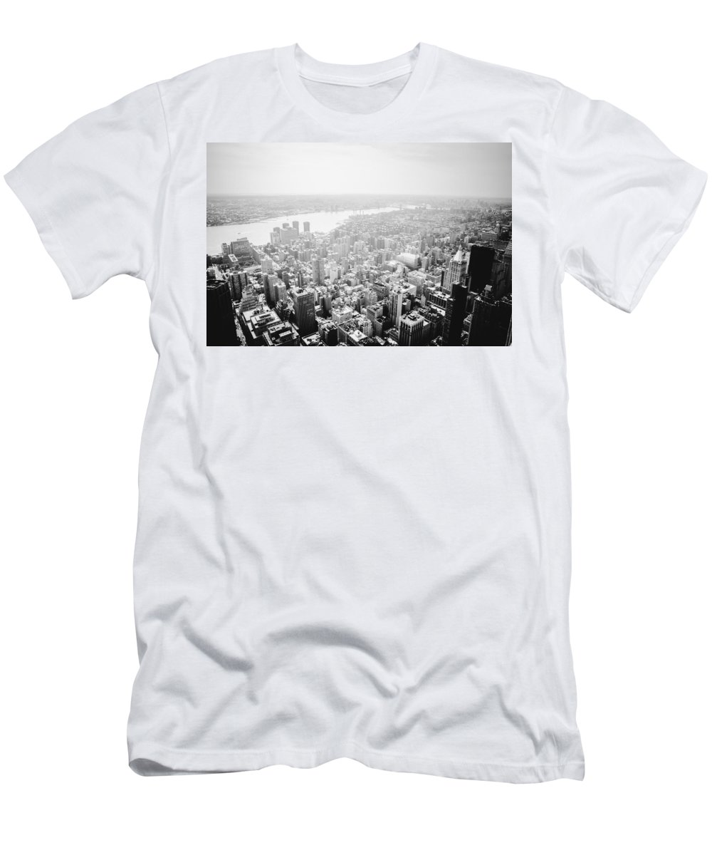 Nyc Men's T-Shirt (Athletic Fit) featuring the photograph New York City Skyline - Foggy Day by Vivienne Gucwa