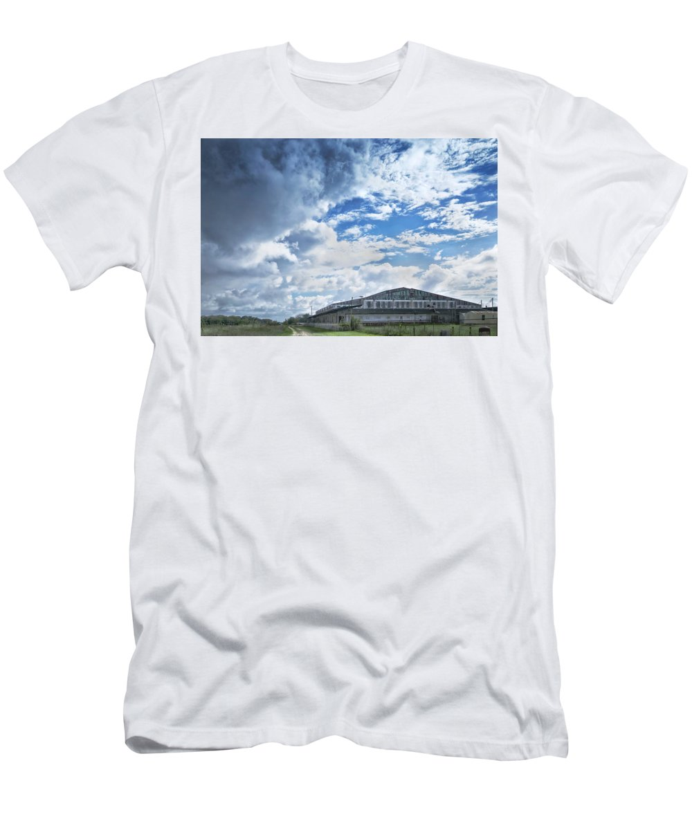 Nevins Fruit Men's T-Shirt (Athletic Fit) featuring the photograph Nivens Fruit Company by Louise Hill