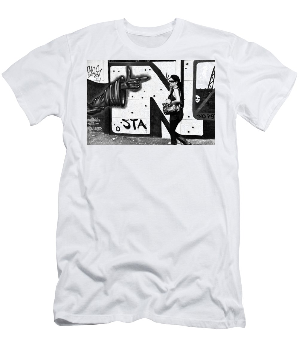 Black And White Men's T-Shirt (Athletic Fit) featuring the photograph Oblivious by Valerie Rosen