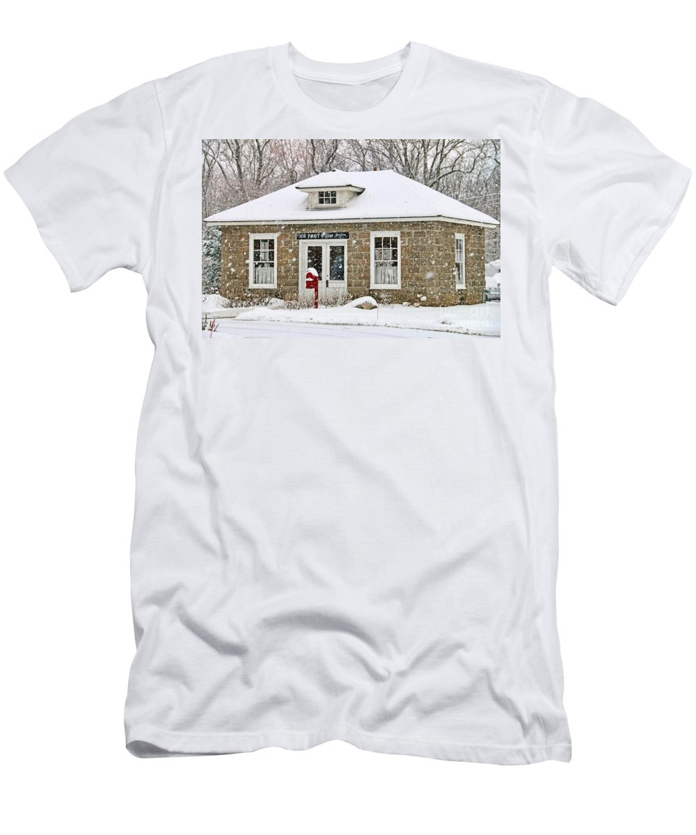 Monclova Men's T-Shirt (Athletic Fit) featuring the photograph Old Monclova Post Office 6998 by Jack Schultz