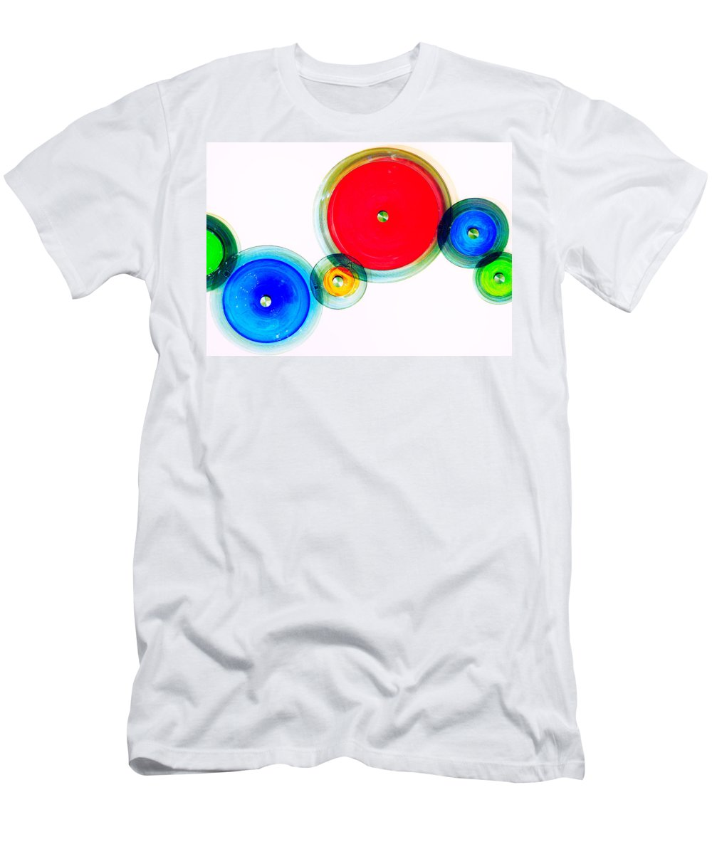 London Men's T-Shirt (Athletic Fit) featuring the photograph Oo by A Rey