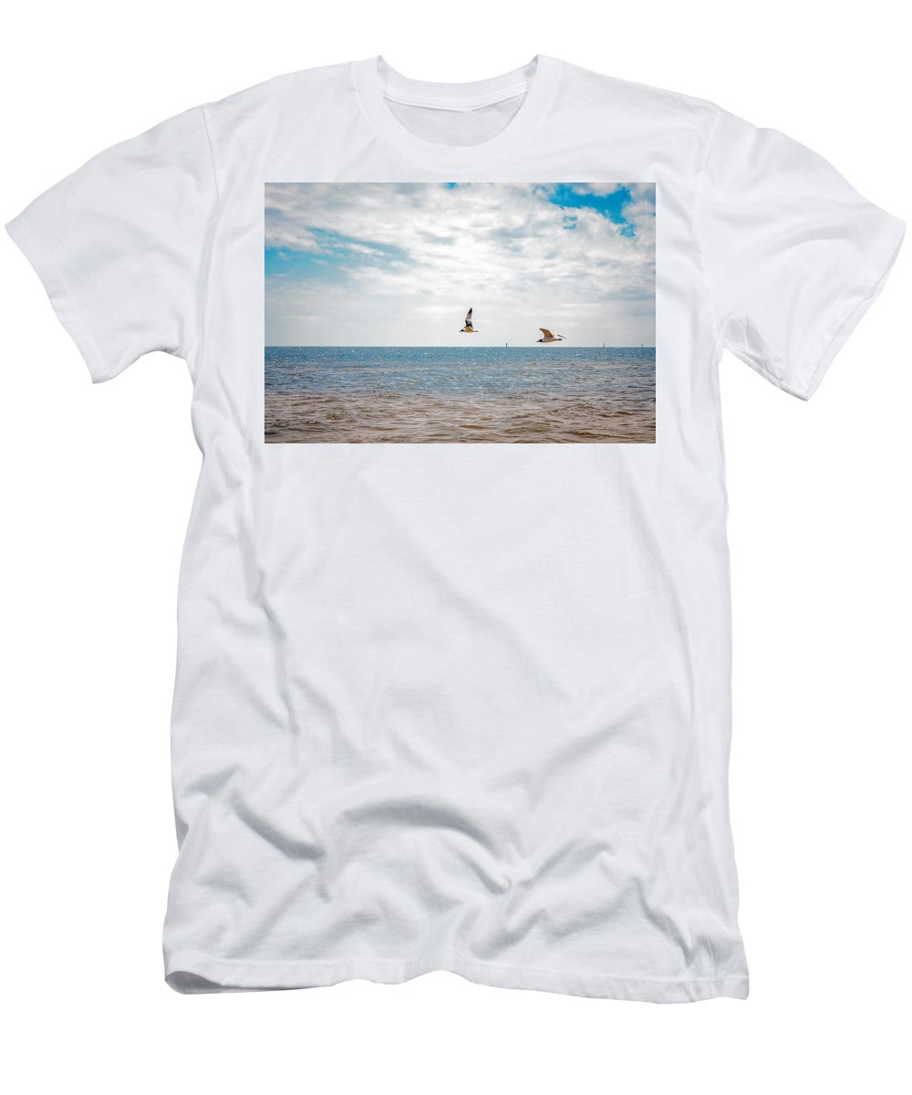 Long Beach Men's T-Shirt (Athletic Fit) featuring the photograph Pair Of Seagulls by Sennie Pierson