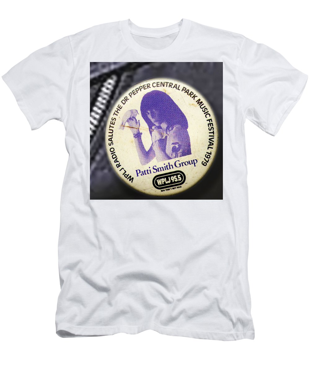 Studio Men's T-Shirt (Athletic Fit) featuring the photograph Patti Smith '79 by Del Gaizo