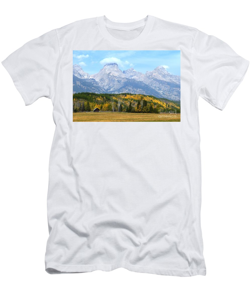 Tetons Men's T-Shirt (Athletic Fit) featuring the photograph Peak Cloud by Deanna Cagle