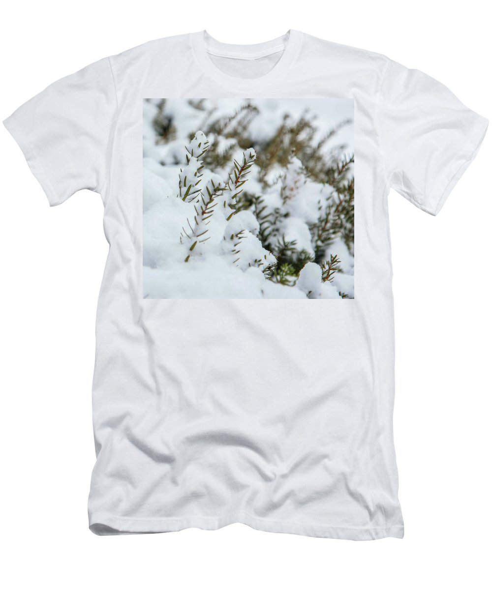 Snow Men's T-Shirt (Athletic Fit) featuring the photograph Peeking Through The Snow by Jane Luxton