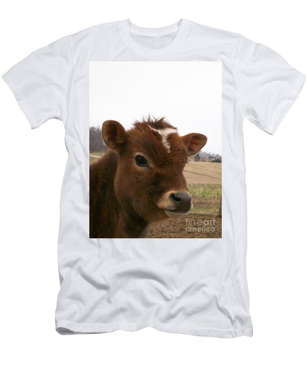 Cow Men's T-Shirt (Athletic Fit) featuring the photograph Perfect Stance by Sara Raber