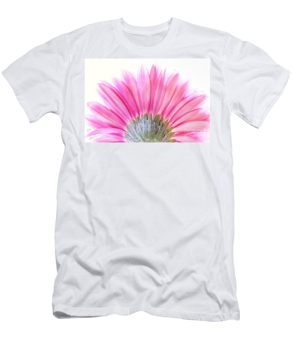 Gerbera Men's T-Shirt (Athletic Fit) featuring the photograph Pink Fan by Andrea Kollo