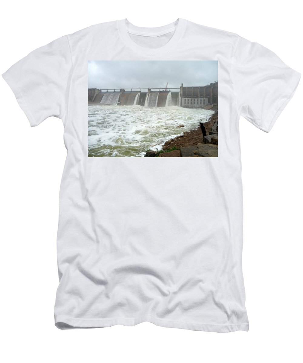Lake Men's T-Shirt (Athletic Fit) featuring the photograph Pk Dam by Jackie Austin