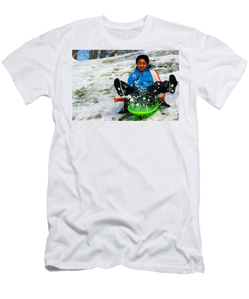 Winter Men's T-Shirt (Athletic Fit) featuring the photograph Priceless by Jeff Swan