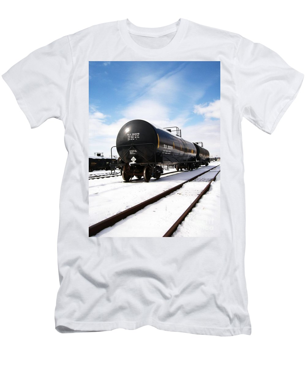 Train Men's T-Shirt (Athletic Fit) featuring the photograph Ready To Go by Sara Raber