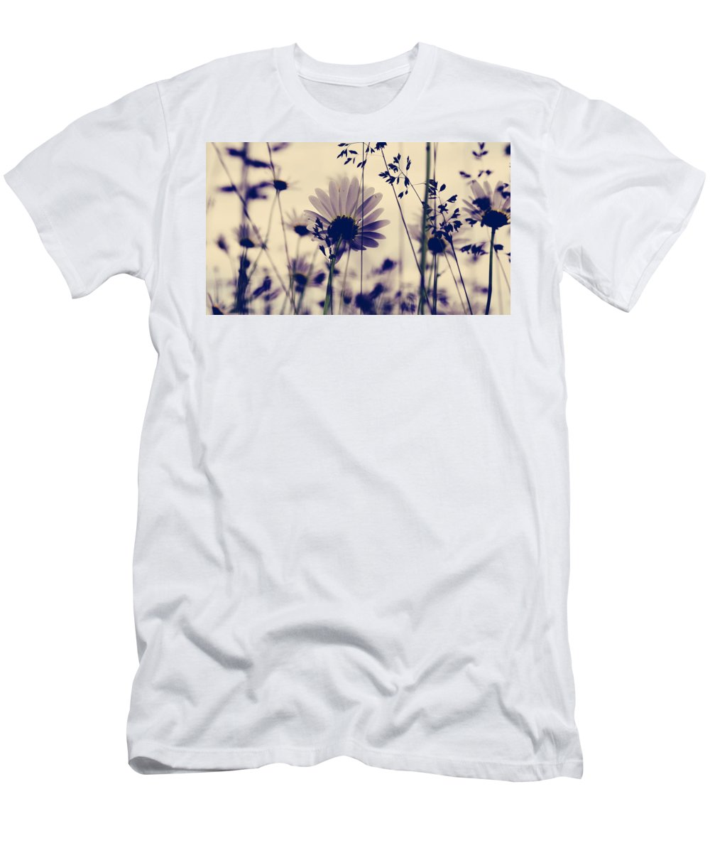Flowers Men's T-Shirt (Athletic Fit) featuring the photograph Recoil Selfs Sway by The Artist Project