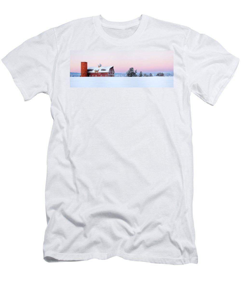 Barn Men's T-Shirt (Athletic Fit) featuring the photograph Red Barn In The Snow by Ronda Kimbrow