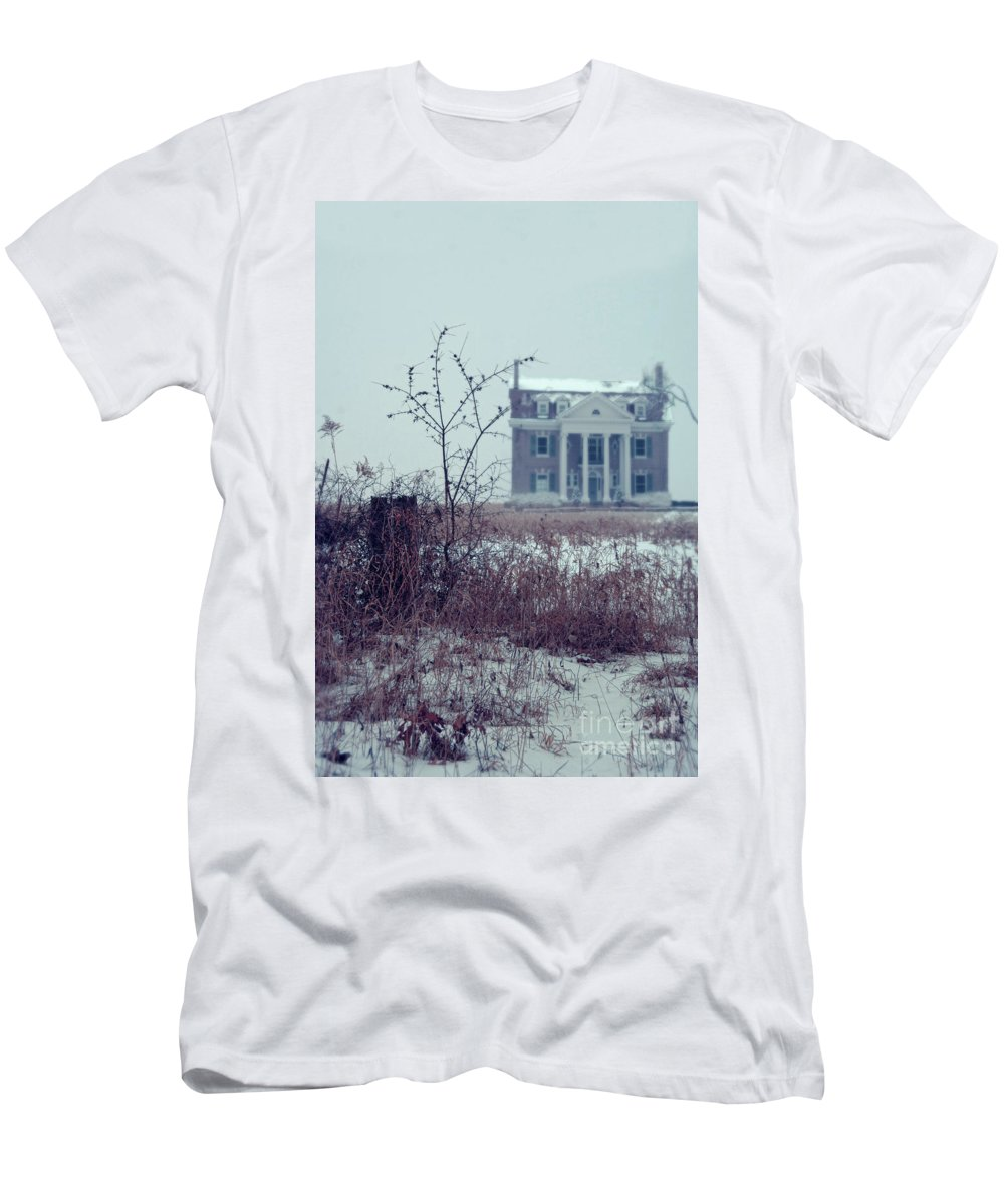 House Men's T-Shirt (Athletic Fit) featuring the photograph Rural Mansion by Jill Battaglia