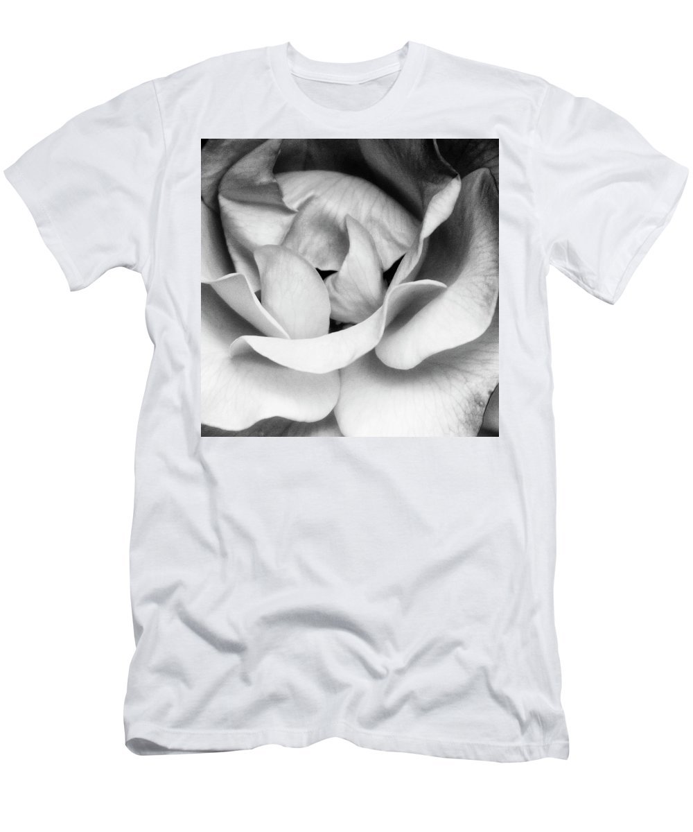 Rose Men's T-Shirt (Athletic Fit) featuring the photograph Sapphire Rose Bw Palm Springs by William Dey