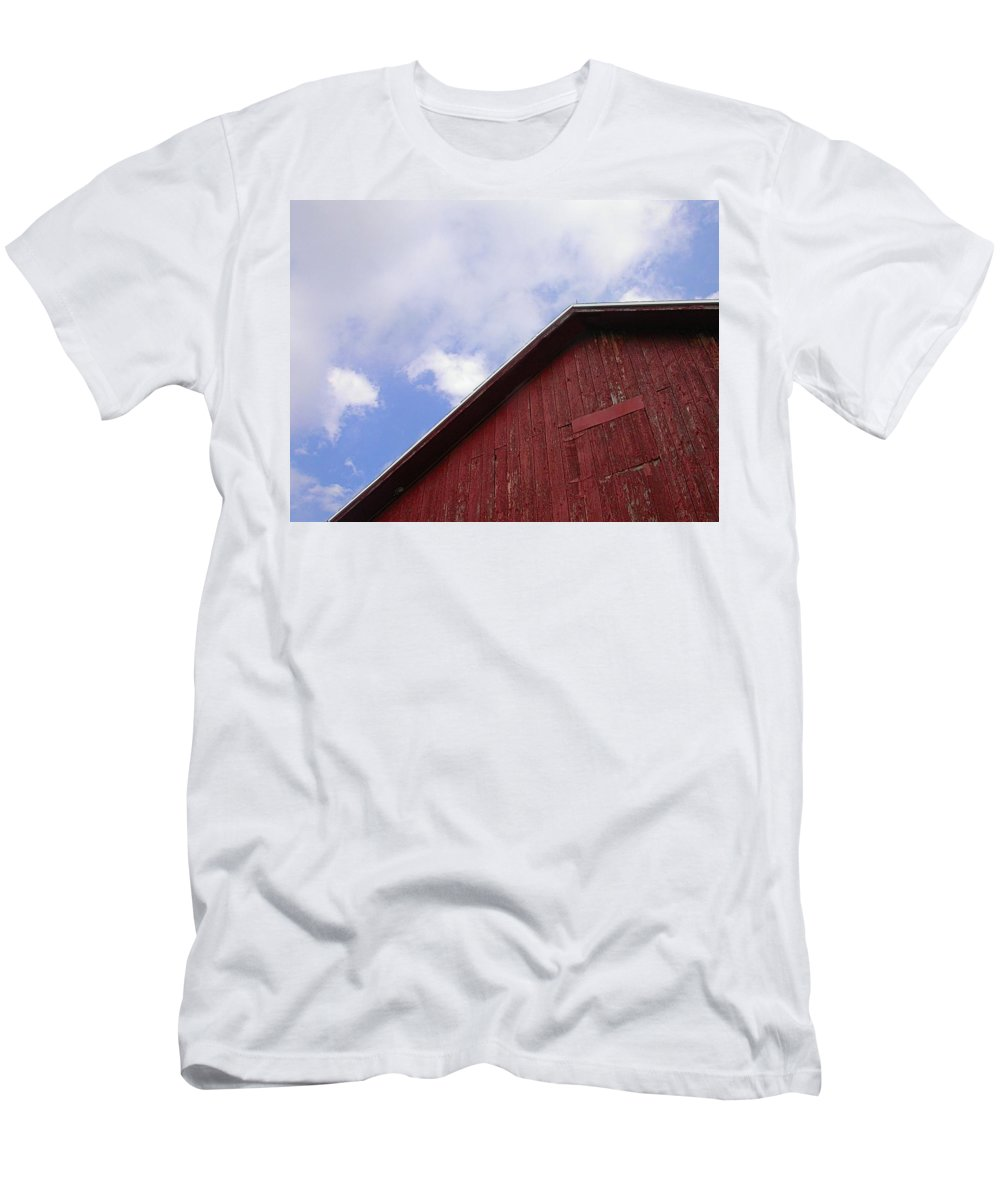 Barn Picture Men's T-Shirt (Athletic Fit) featuring the photograph Sky And Barn by Cynthia Wallentine