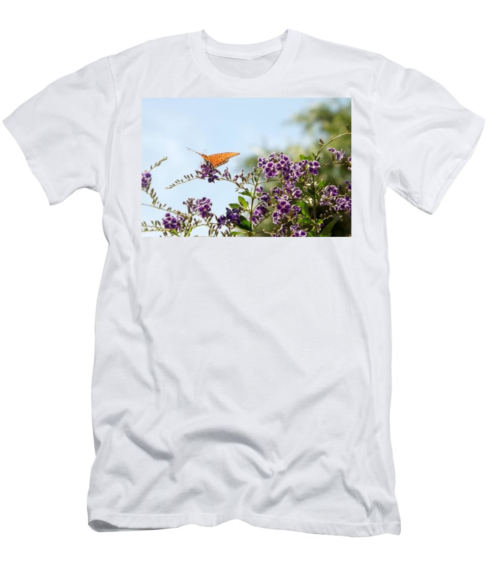 Butterfly Men's T-Shirt (Athletic Fit) featuring the photograph Summer's Day by Linda Kerkau