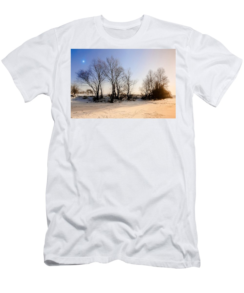 Dnieper Men's T-Shirt (Athletic Fit) featuring the photograph Sunset With Star And Snow by Alain De Maximy