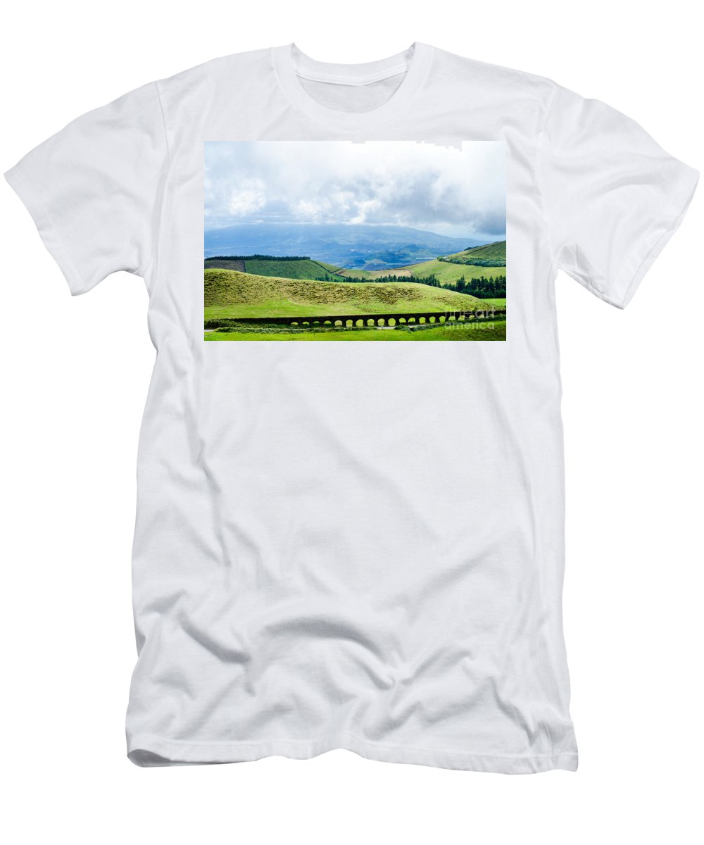 Aqueduct Men's T-Shirt (Athletic Fit) featuring the photograph The Aqueduct by Marco Andrade