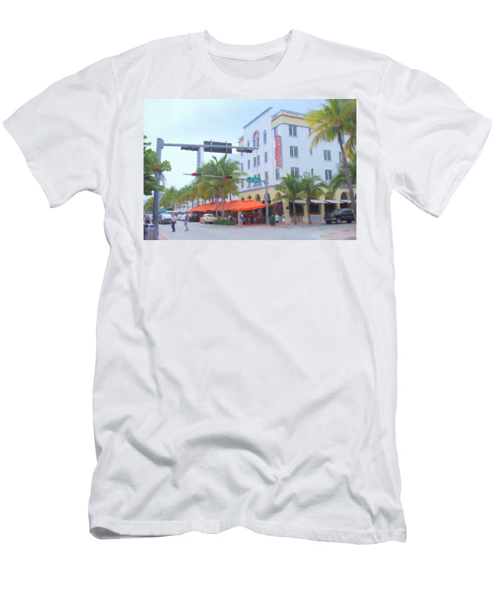 Art Deco Men's T-Shirt (Athletic Fit) featuring the photograph The Edison by Tom Reynen