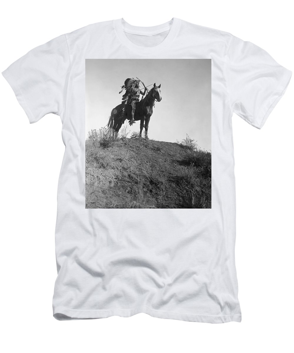 feather Headdress Men's T-Shirt (Athletic Fit) featuring the photograph The Last Battle - 1908 by Daniel Hagerman