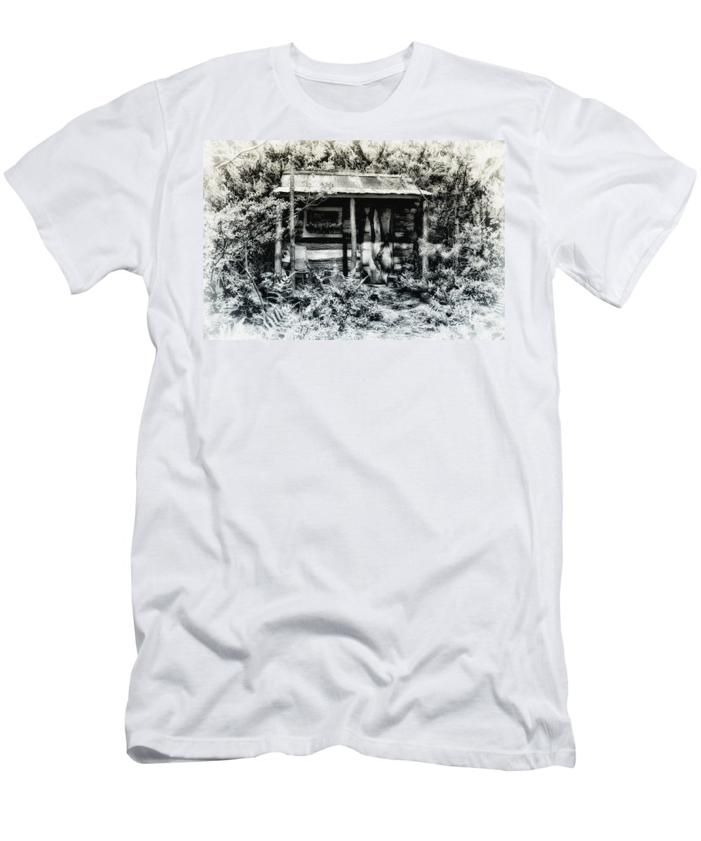 Log Men's T-Shirt (Athletic Fit) featuring the photograph The Log Cabin by Bill Cannon