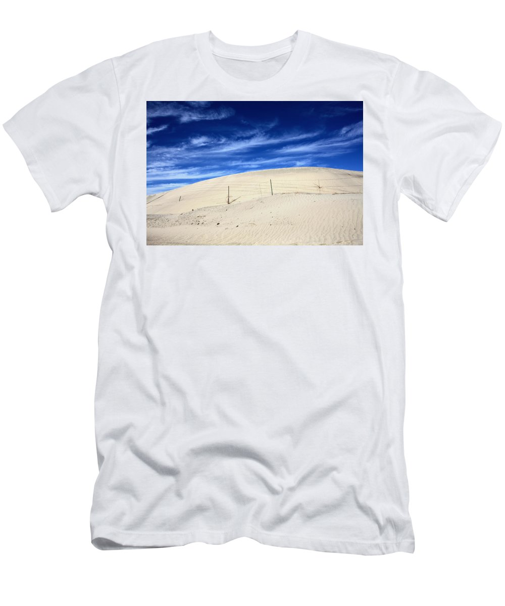 Palm Desert Men's T-Shirt (Athletic Fit) featuring the photograph The Overtaking by Laurie Search