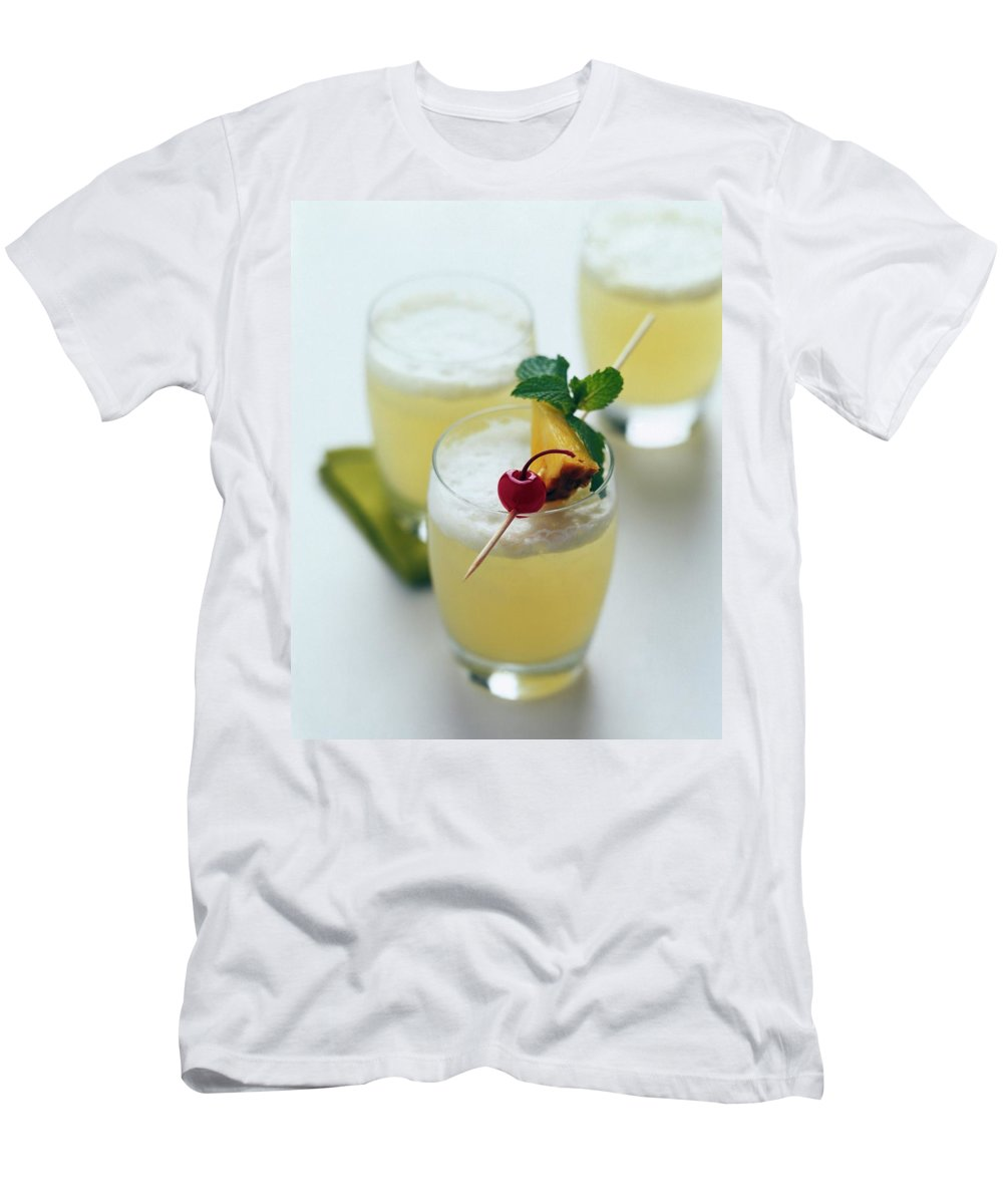 Beverage Men's T-Shirt (Athletic Fit) featuring the photograph The Wahine Cocktail by Romulo Yanes