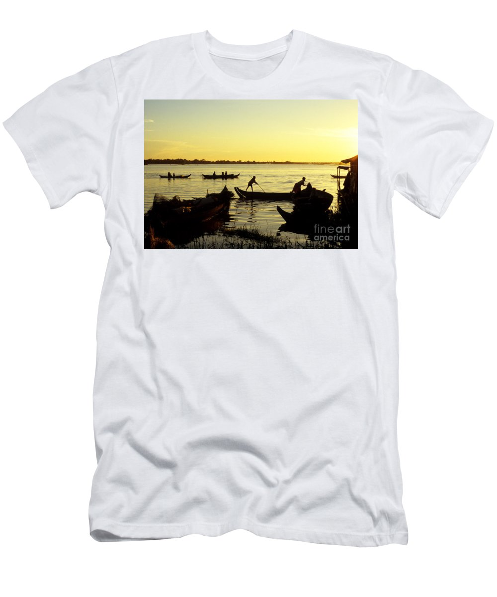 Cambodia Men's T-Shirt (Athletic Fit) featuring the photograph Tonle Sap Sunrise 05 by Rick Piper Photography