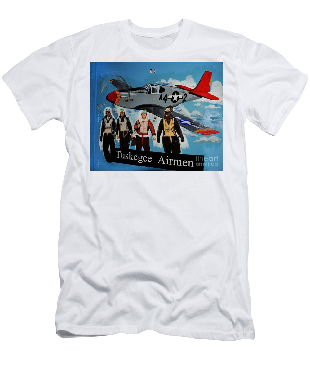 Redtails T-Shirt featuring the photograph Tuskegee Airmen by Leon Hollins III