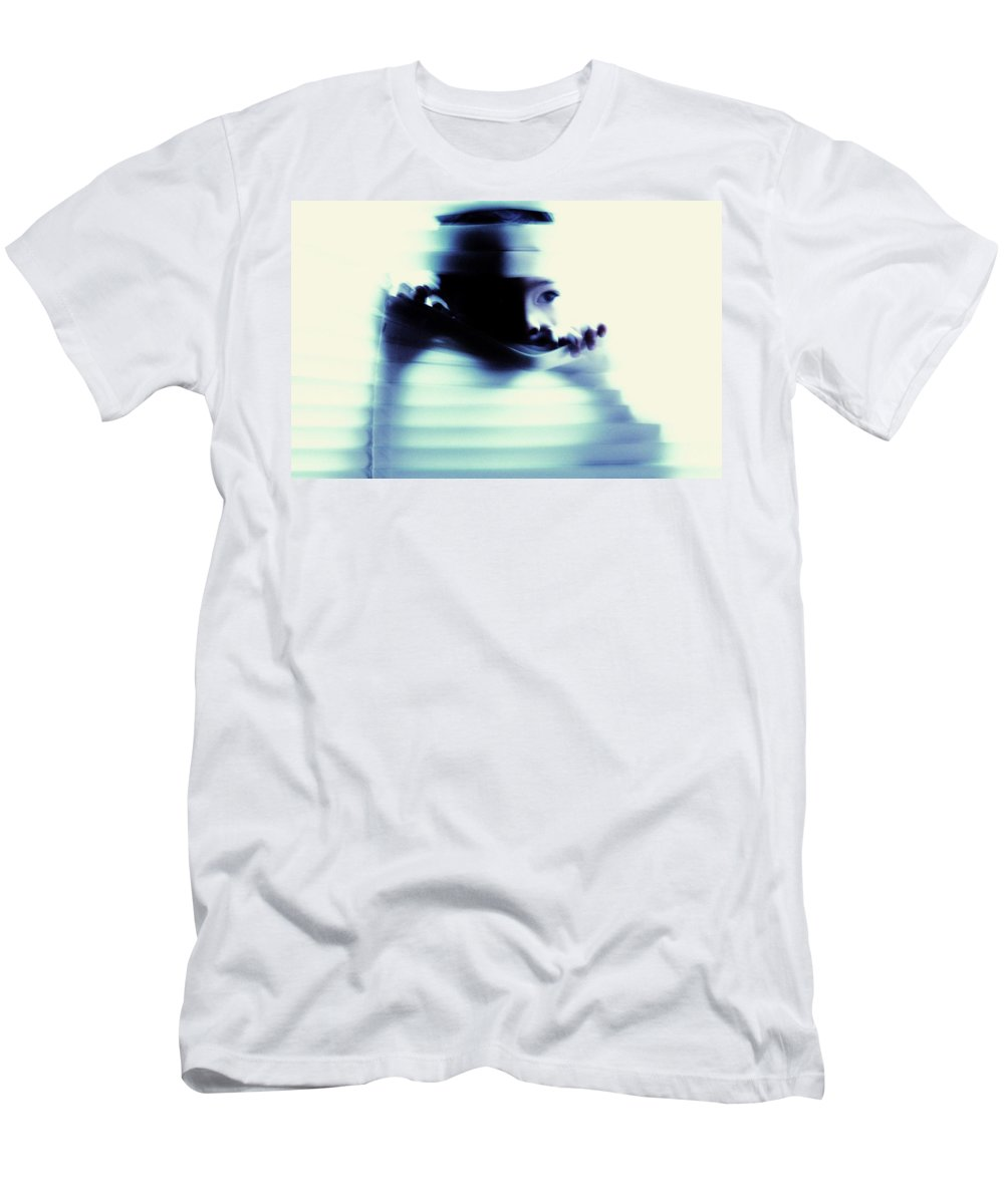 Children Men's T-Shirt (Athletic Fit) featuring the photograph Undetected by Jessica Shelton