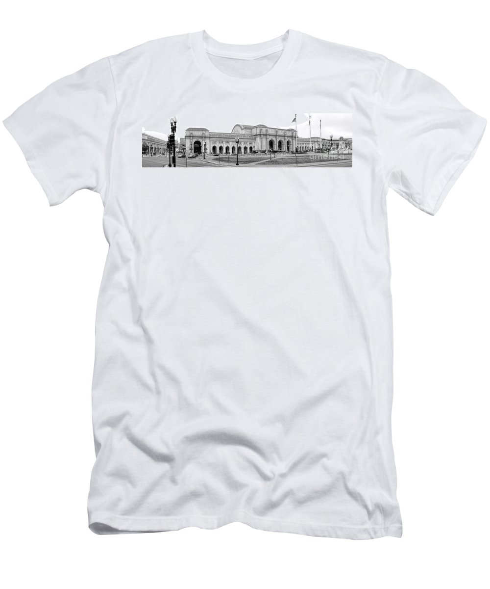 Washington Men's T-Shirt (Athletic Fit) featuring the photograph Union Station Washington Dc by Olivier Le Queinec