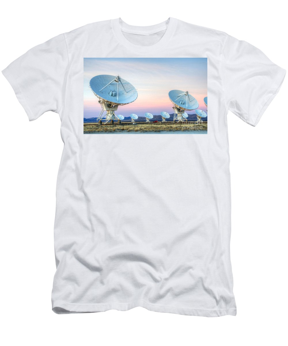 Vla Men's T-Shirt (Athletic Fit) featuring the photograph Very Large Array Of Radio Telescopes 1 by Bob Christopher