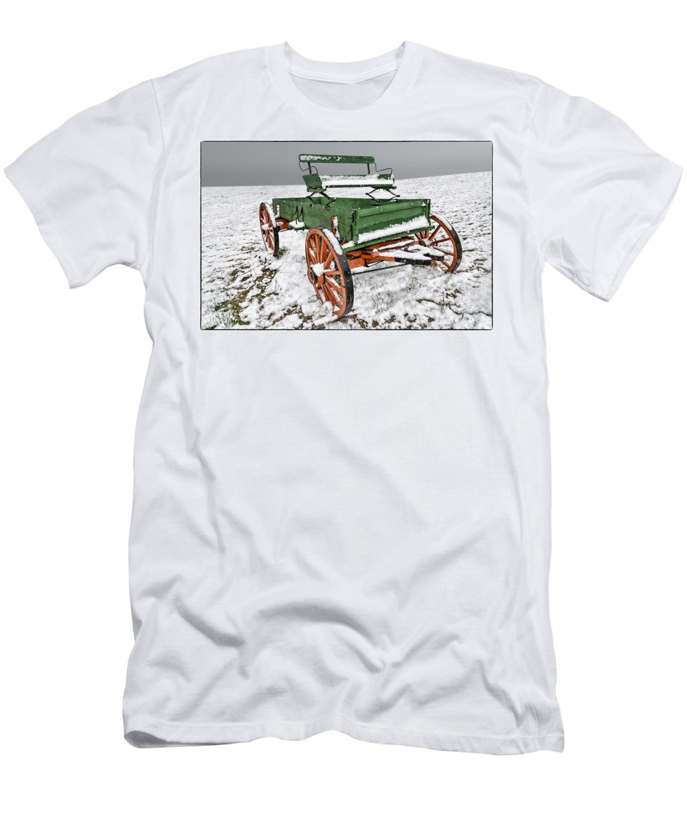 Wagon Men's T-Shirt (Athletic Fit) featuring the photograph Vintage Wagon In The Snow E98 by Wendell Franks