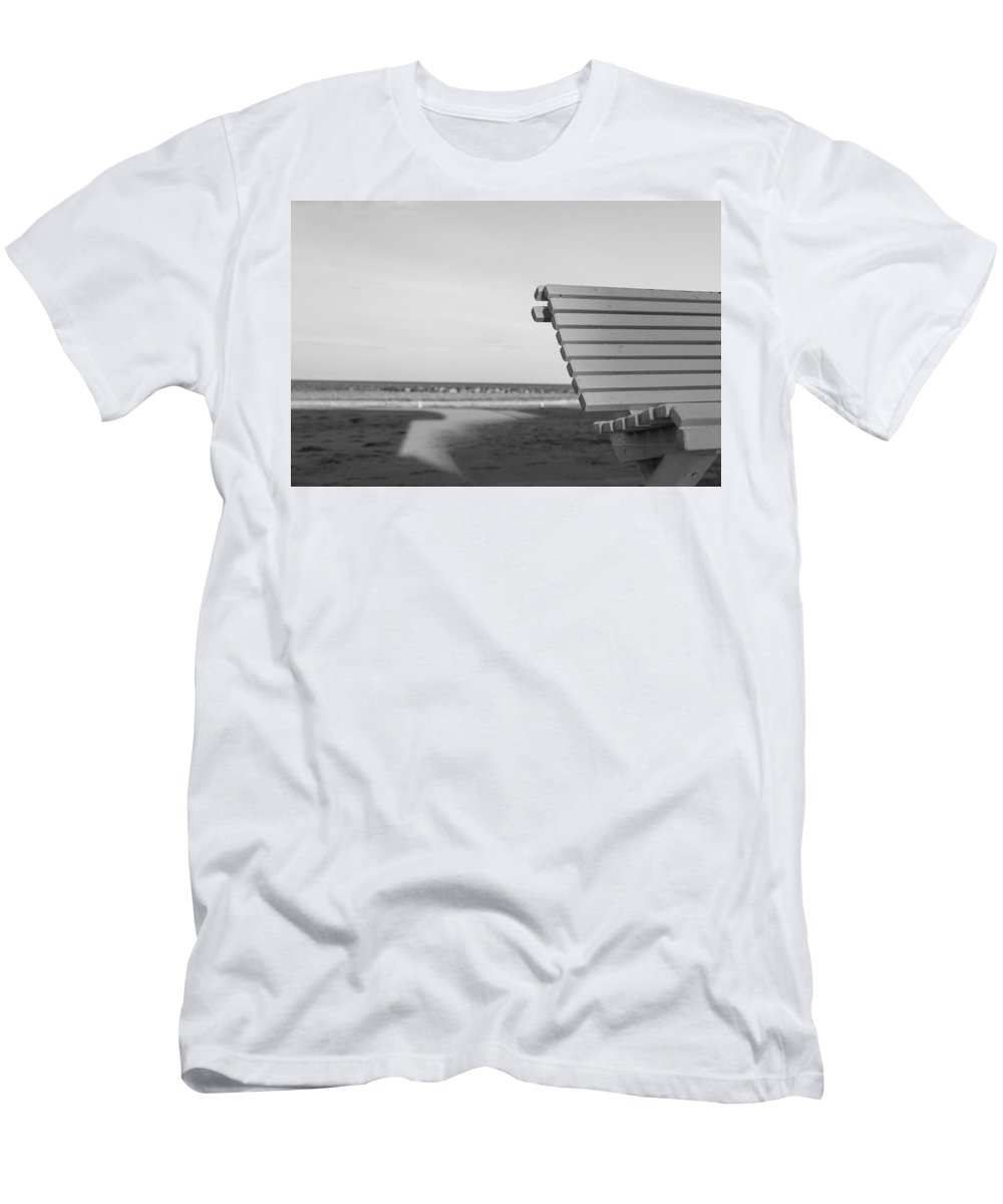 35mm Men's T-Shirt (Athletic Fit) featuring the photograph Waiting by Andrea Mazzocchetti