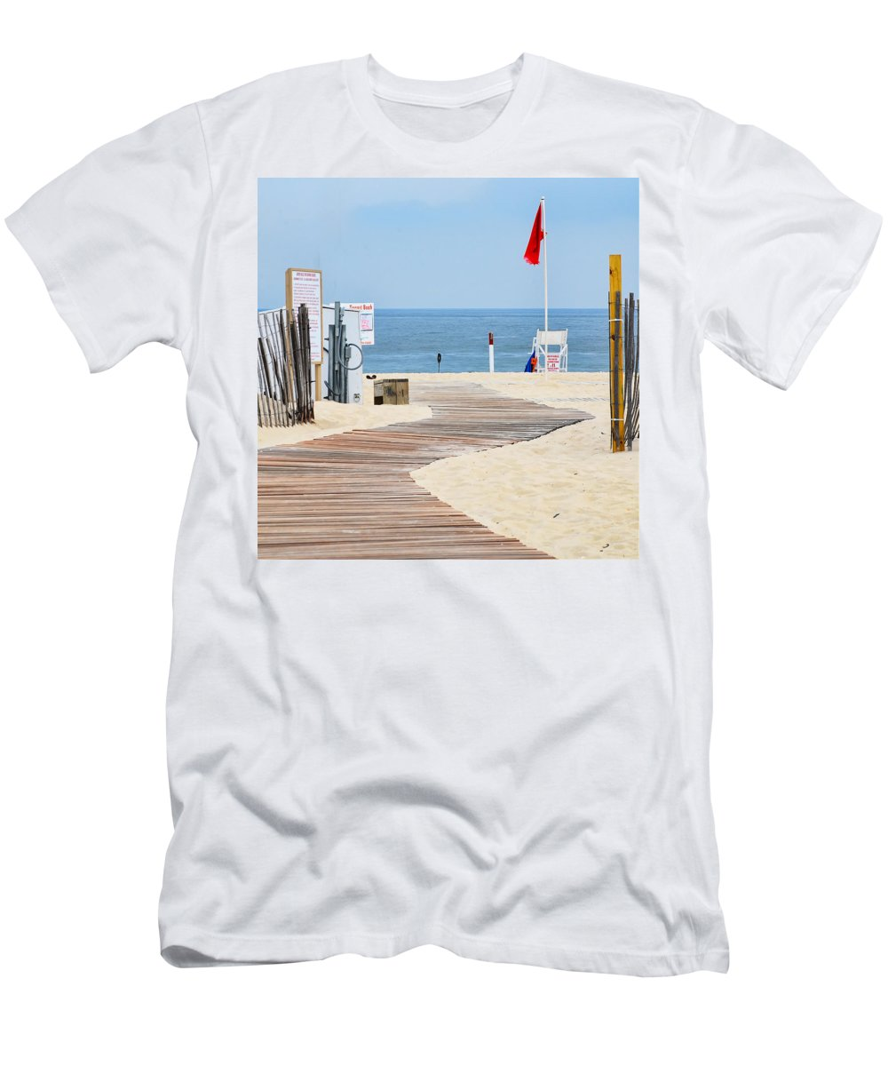 Boardwalk Men's T-Shirt (Athletic Fit) featuring the photograph Winding Boardwalk by Maggie Magee Molino