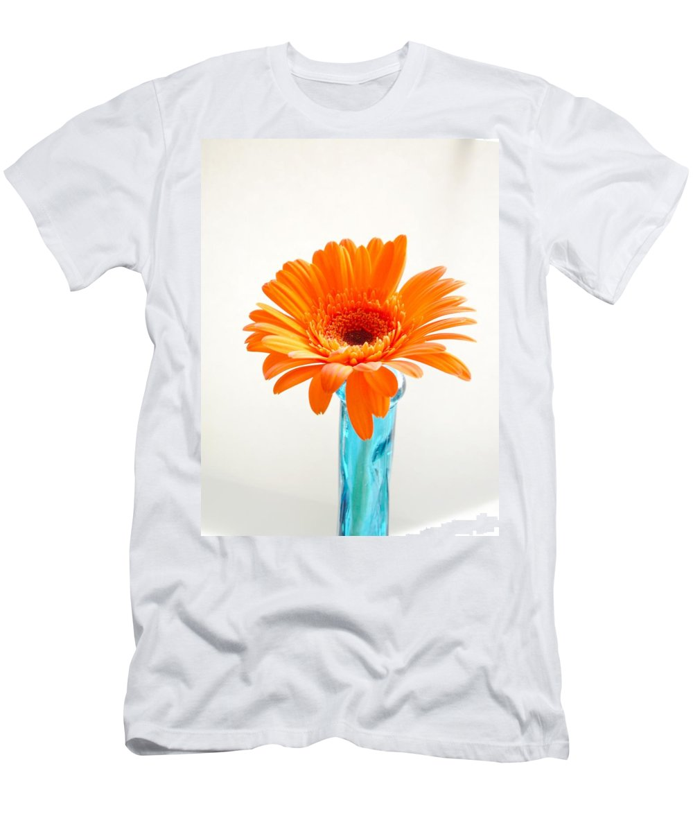 Gerbera Photographs Men's T-Shirt (Athletic Fit) featuring the photograph 1623c by Kimberlie Gerner