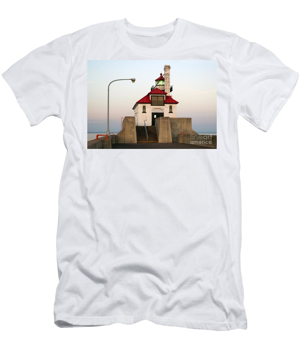 Lighthouses Men's T-Shirt (Athletic Fit) featuring the photograph Duluth Mn Lighthouse by Lori Tordsen