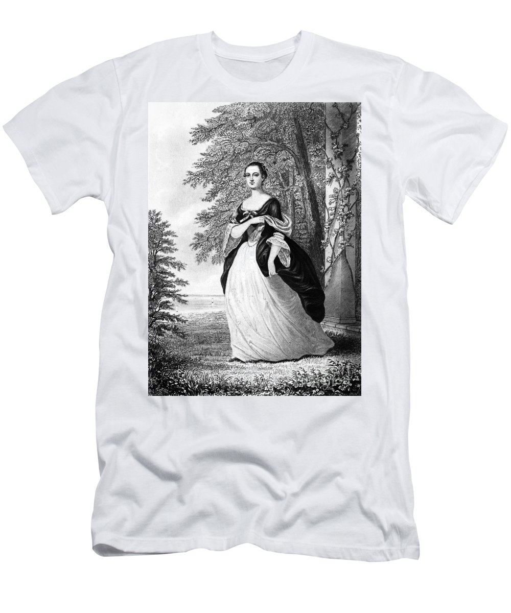 18th Century Men's T-Shirt (Athletic Fit) featuring the photograph Martha Washington by Granger