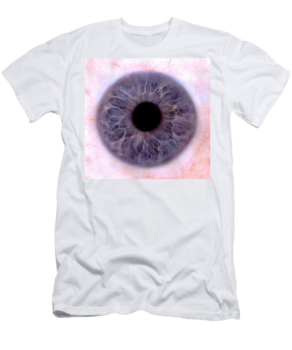 Eye Men's T-Shirt (Athletic Fit) featuring the photograph Human Eye by Raul Gonzalez Perez